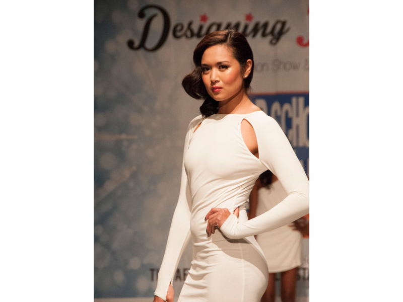 l-white-dress